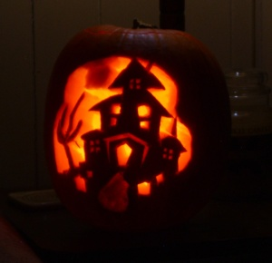 2010 Haunted House carved pumpkin